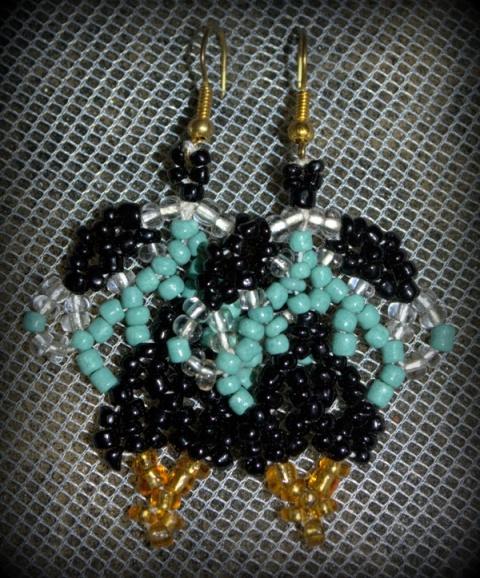 Seed beads on nylon thread - African Net design